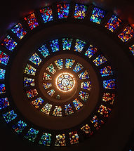 stained-glass-1181864_1280.jpg