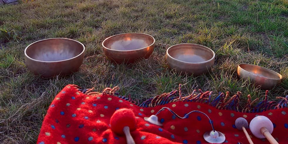 Klangschalen-Meditation zum Vollmond mit Uta und Birgit
