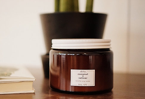 Soy Candle - Amber Collection No. 05