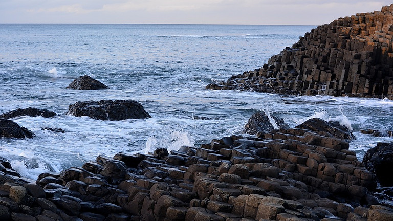 THE MOURNE MOUNTAINS & GIANT'S CAUSEWAY HIKING WEEKEND IN NORTHERN IRELAND