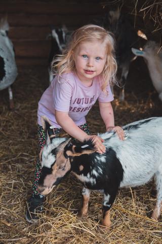 farm up Nora barnhart eventovy fotograf event akce fotograka farma klinec svatebni fotograf foceni