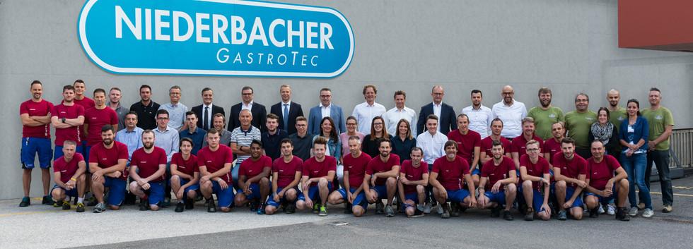 """Gruppen und Einzelportraits Firma """"Niederbacher"""" in Kaltern"""
