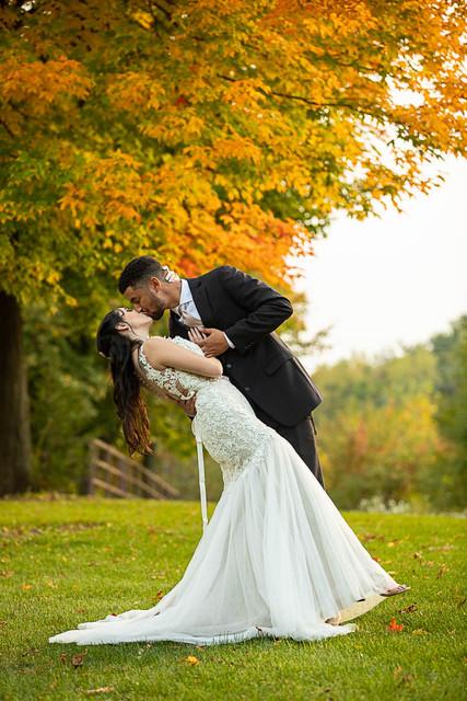 mn wedding photographer.jpg