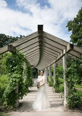 MPLS Wedding photographer.jpg