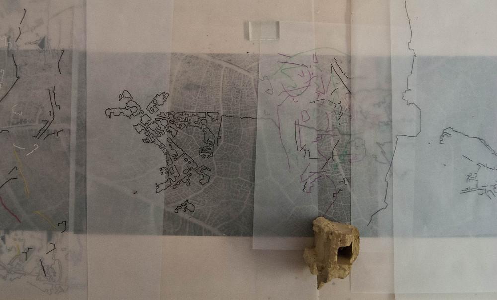 2. Αναδόμηση, 2018, εγκατάσταση, μεικτή τεχνική, μεταβλητές διαστάσεις