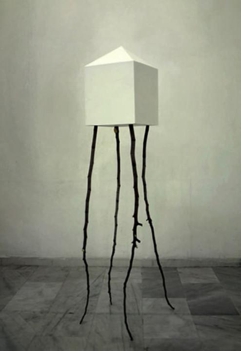 -domus- ξύλο και πολυεστέρας. 170x40x40 cm wood & polyester. 2010