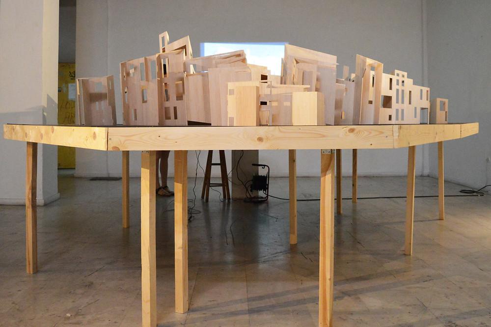 1. Με αφορμή το πείραμα του Weißenhof..., 420 x 380 x 170 εκ., κατασκευή και εγκατάσταση, 2016