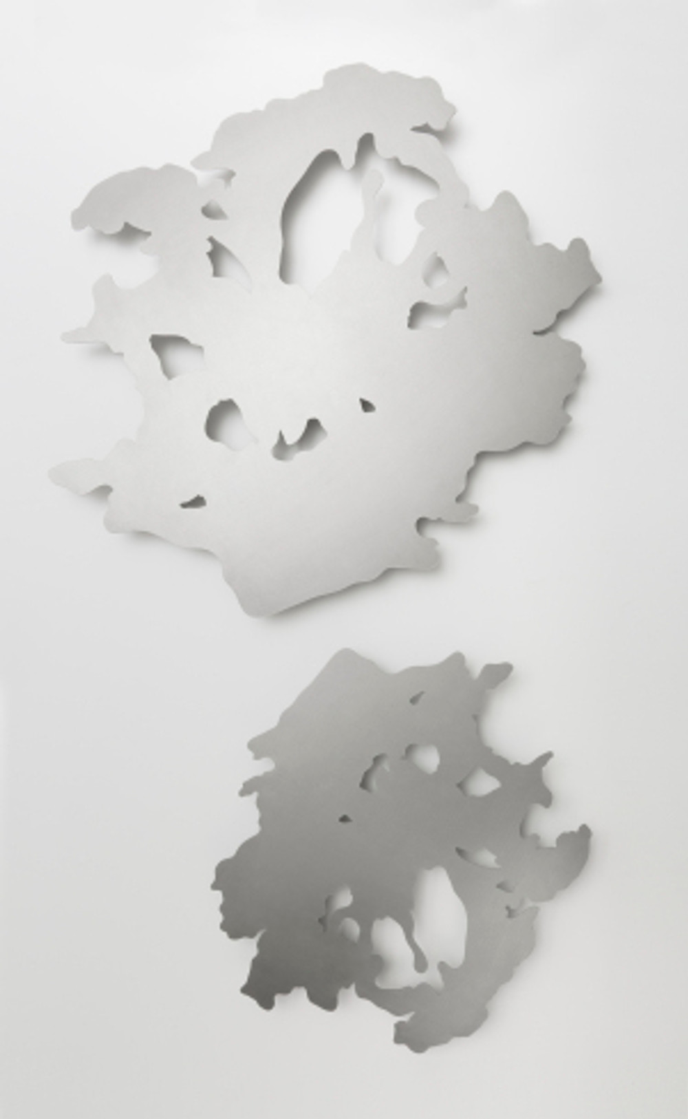 untitled, DKP metal sheet, laser cutting, dimensions variable, diptych, 2018