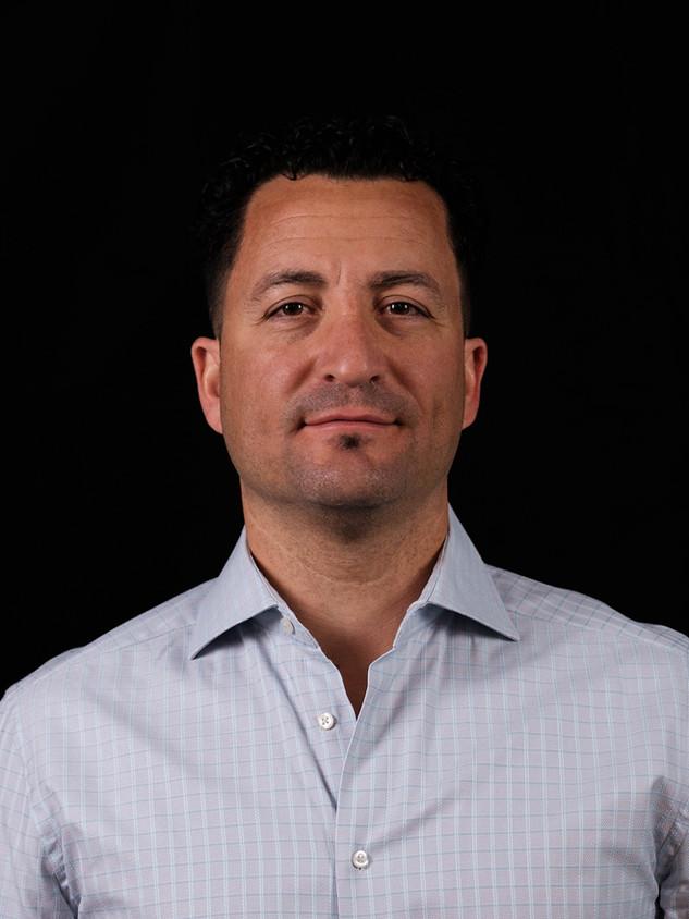 Joey De-Luca (Senior Project Manager)