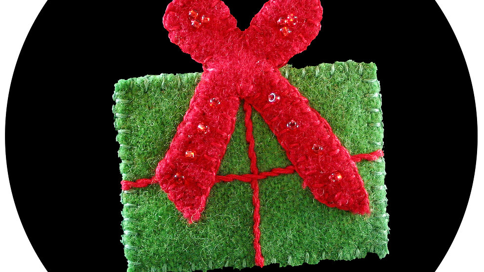 Christmas Gift Ornament Kit with Pattern