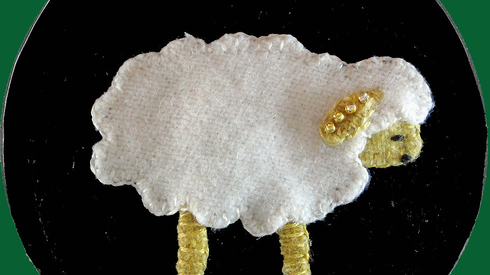 Lamb Ornament Kit with Pattern