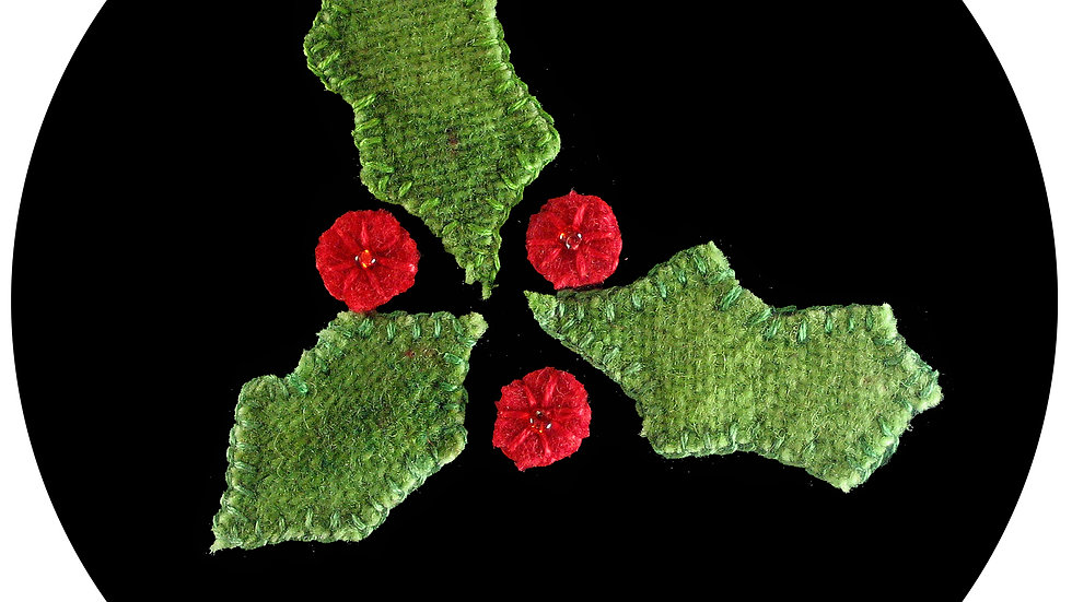 Holly Leaves Ornament Kit with Patter
