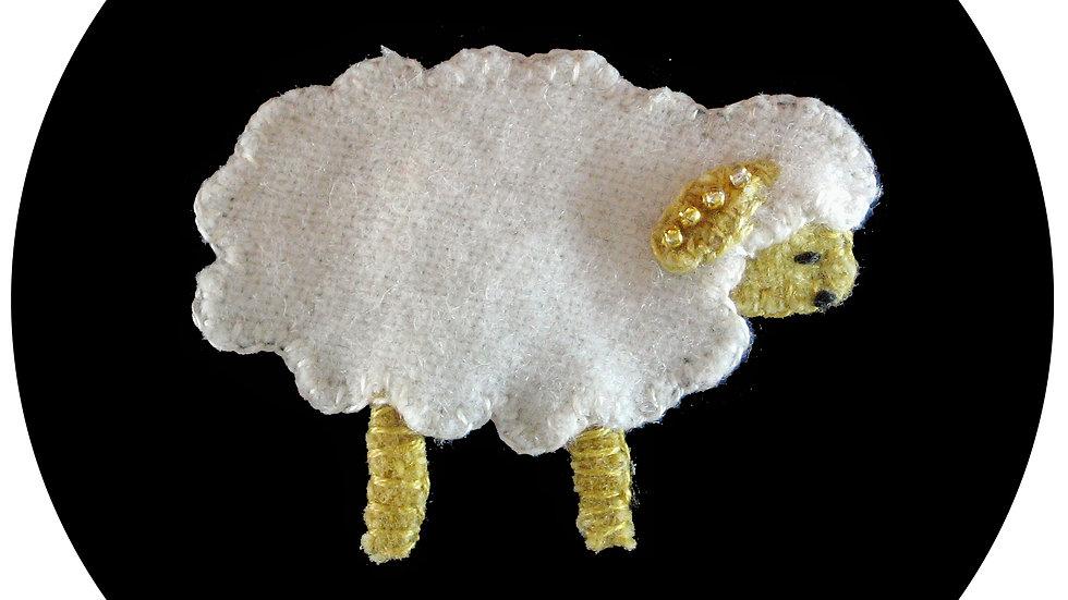 Lamb Ornament Kit with Pattern