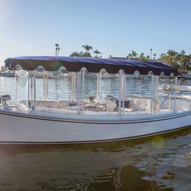 Duffy-Electric-Boat-22-Sun-Cruiser-Exter