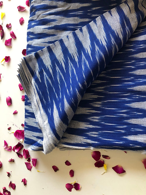 Zigzag weave ikat cotton in Indigo Blue and White Pure Cotton, Indian Ikat weave