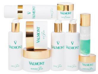 "Valmont se suma a la tendencia ""glass skin"" con su gama de limpiadores"