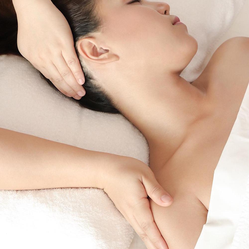 El ritual incluye un masaje con productos de Pañpuri