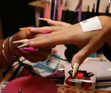 Delineados experimentales, nail stamping y flequillos, lo último en el escaparate de Salon Look 2018