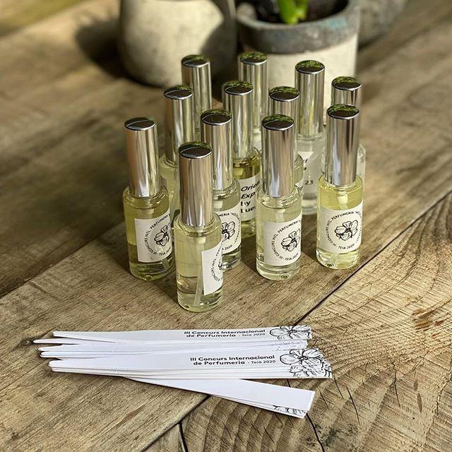 Muestras de perfumes de Ainea Perfums