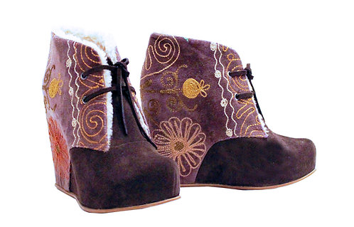 One of a kind Brown Suzani Uptown - ANK Wedge