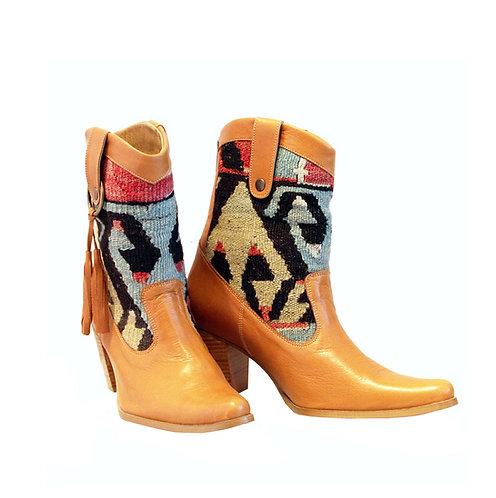 Kilim Tan Leather - ANK Western