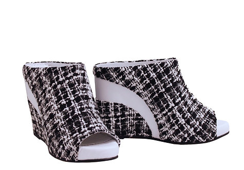 Black and White Retro Light - Slip On Wedge