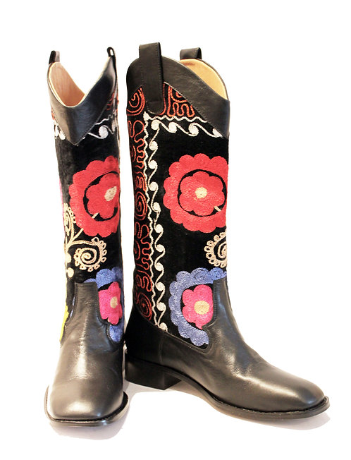 One of a Kind Suzani Black Leather - Western Pull On Riding
