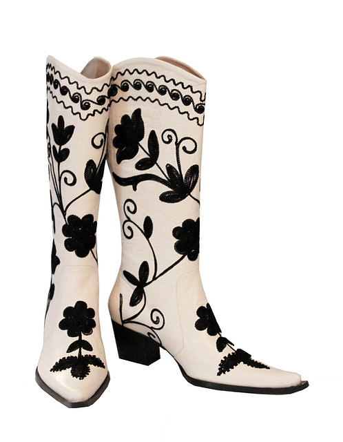 Cream Leather Black Embroidered - Cowboys