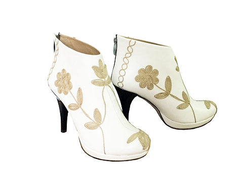 Cream Leather Embroidered - ANK Stiletto
