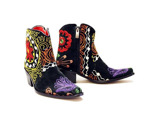 One of a kind Suzani - ANK Cowboys