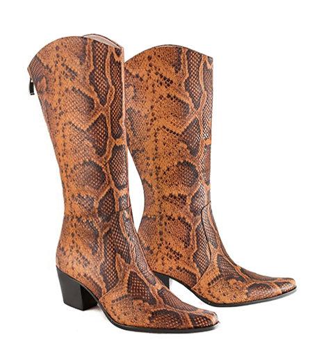Brown Python - Cowboys