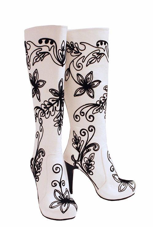 White Leather Black Embroidery - Stiletto