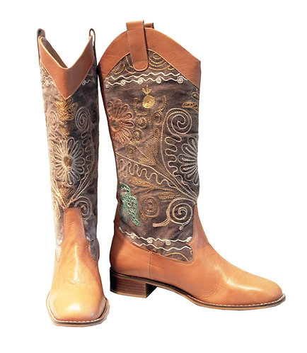 One of a Kind Suzani Tan Leather - Western Pull On Riding
