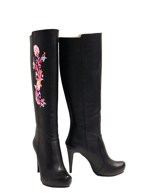 Black Leather Side Embroidery- Stiletto
