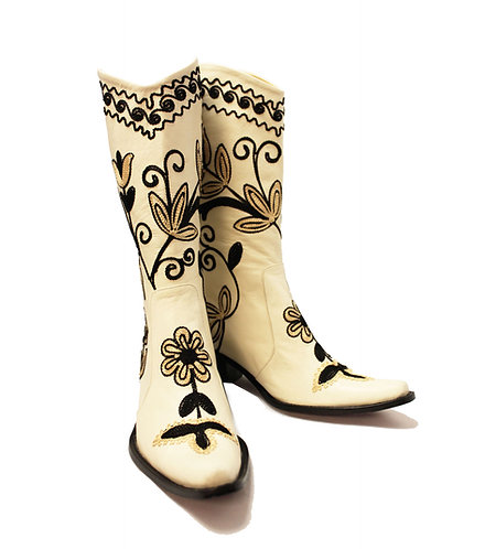 Cream Leather Embroidered - Pull On Cowboys