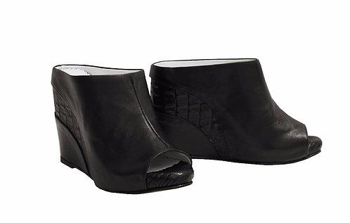 Dark Leather Stripe - Slip On Wedge