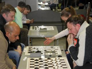 В СЗАО состоится открытый чемпионат округа по русским шашкам