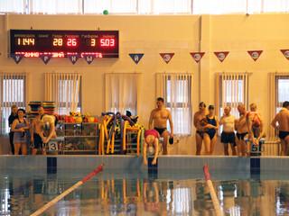 """В ФОК """"Лазурный"""" пройдет первенство округа по плаванию среди взрослого населения"""