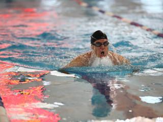 В Северном Тушино прошли открытые соревнования по плаванию