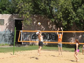 """На """"Красном Октябре"""" пройдет турнир по пляжному волейболу, посвященный празднованию Дня го"""