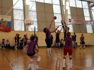 """В физкультурно-оздоровительном комплексе """"Триумф"""" пройдут соревнования по волейболу среди"""