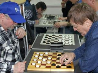 В Южном Тушино прошел блиц-турнир по шашкам, посвященный Дню Победы