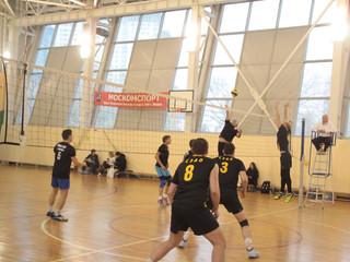 В районе Покровское-Стрешнево прошли городские соревнования по волейболу