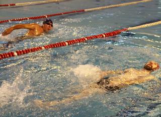 """В бассейне ФОКа """"Лазурный"""" пройдут соревнования по плаванию среди лиц с ограниченными возм"""