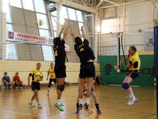 В Покровское-Стрешнево состоялись предварительные игры соревнований по волейболу