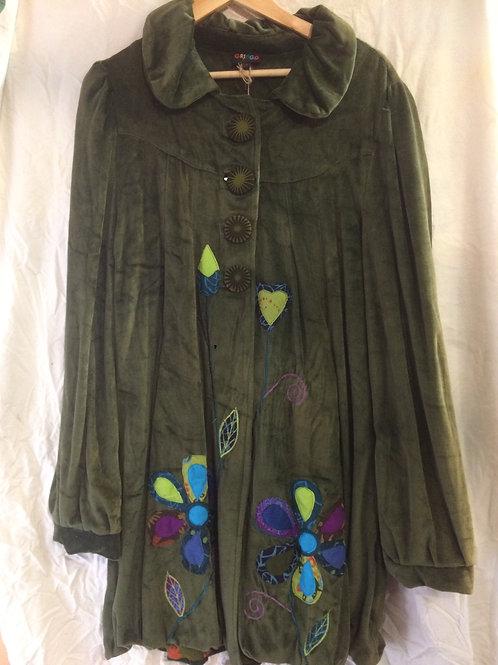 Embroidered Buttoned Velvet Coat