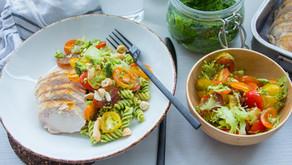 Kylling med bønnepasta og pesto med grønnkål