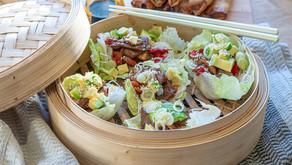 Asiatiske salatwraps – en perfekt hverdagslig restemiddag.