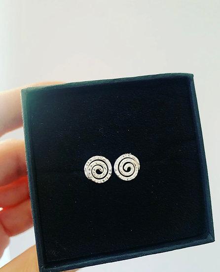 Small Swirl Stud Earrings