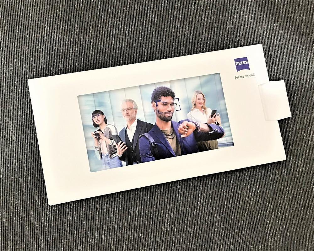 custom invitation card,creative card design service,innovative wedding card,animation effect,sliding card,personalized card design, zeiss
